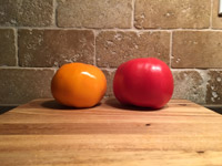 #2  Tomatoes on dry cutting board